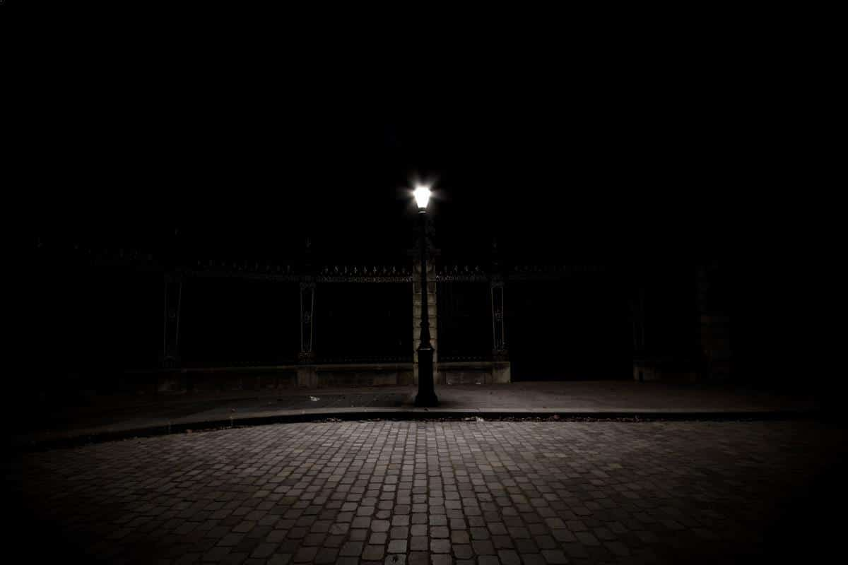 Night photography - a solitary lamp post