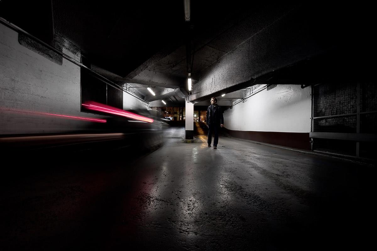 Narrative and conceptual photography - Two-speed encounter