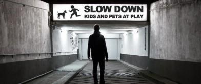 Narrative photography - Slow down : kids and pets at play (slider)