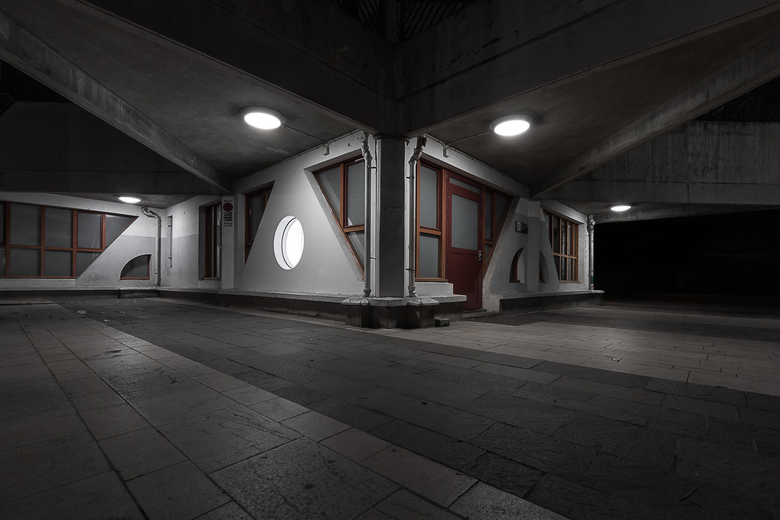 Star of concrete - photographie urbaine de nuit