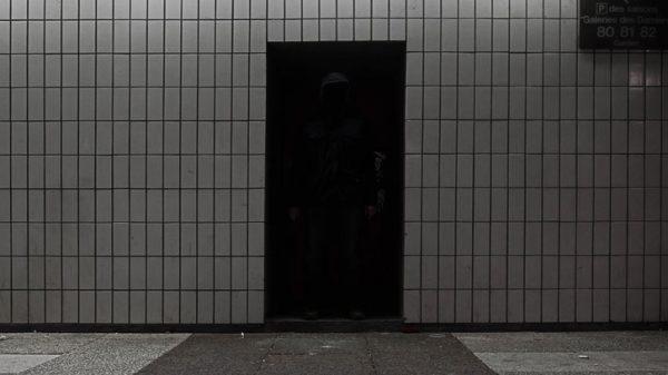 Où est Charlie 2 - photographie de nuit conceptuelle - vignette